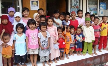 Children of Ahmadiyah refugees in Lombok