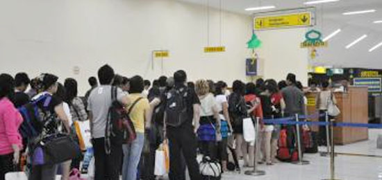 Long queue in Indonesian Airport